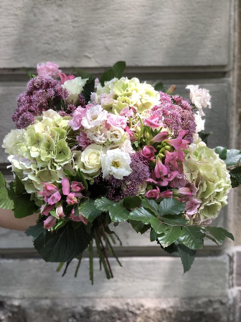 mazzo fiori classico 100 euro shop fiori michela pozzato